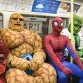 Miniatura de Superheroes En El Metro