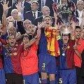 Miniatura de Barsa Levantando La Copa De Europa