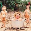 Miniatura de Indios Cocinando A Niño Explorador